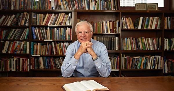 Pastor Erwin Lutzer