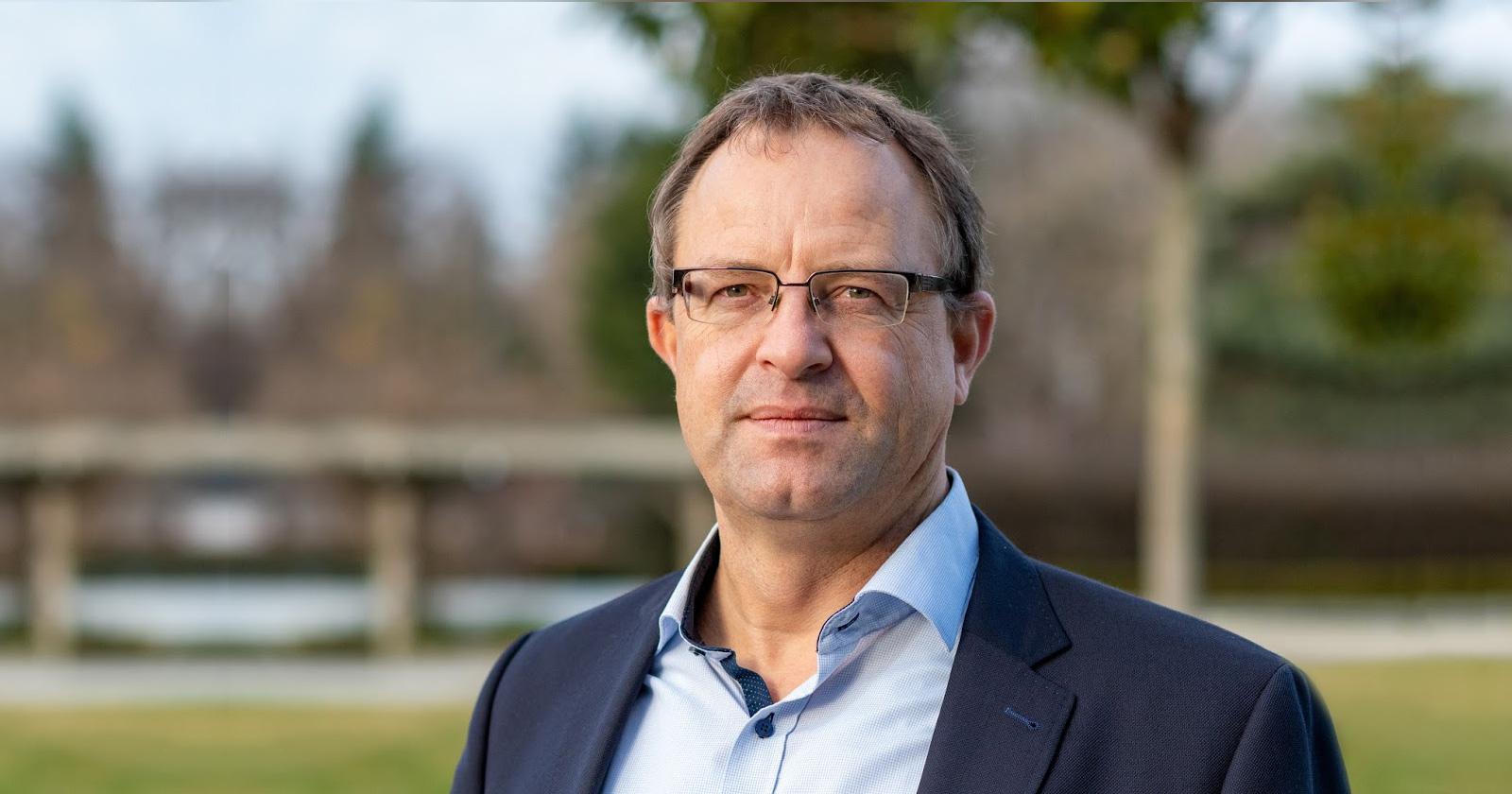 Dr. Jens Zimmermann